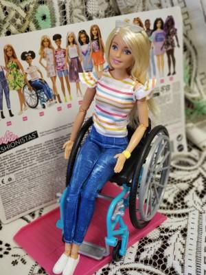 【校長室より】すべての少女たちには可能性がある――車椅子のバービー誕生